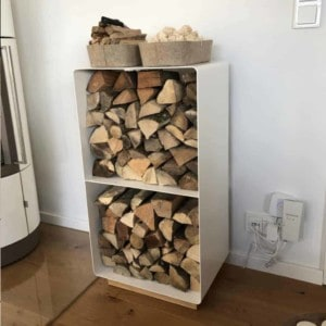 kaminholzregal-innen-brennholzregal-holzaufbewahrung-metall-design-modern-holz-aufbewahrung-kaminholz-brennholz-stahl-weiss-eiche-massiv-flamma-2