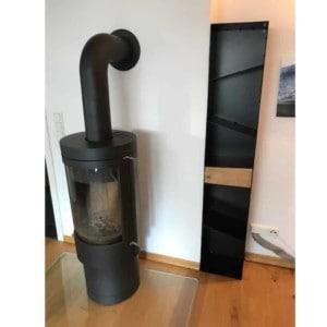 kaminholzregal-metall-aussen-innen-mit-rueckwand-holz-aufbewahrung-regal-schwarz-stahl-design-modern-mit-rueckwand-mikado-005