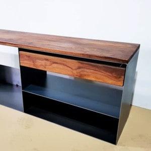 kaminholzregal-metall-innen-kaminholz-aufbewahrung-brennholzregal-feuerholzregal-stahl-modern-design-nussbaum-sideboard-kaufen-classic-005