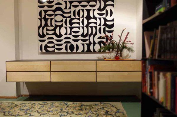 lowboard-haengend-tv-lowboard-tv-board-tv-moebel-holz-schwarz-metall-massivholz-design-modern-ahorn-p6