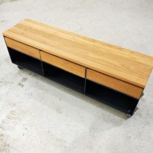 lowboard-sideboard-tv-board-moebel-holz-schwarz-eiche-massivholz-grau-metall-design-modern-mit-rollen-mit-schubladen-classic-003