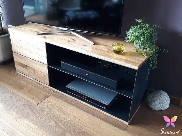 tv-lowboard-p3-design-modern-stahl-massivholz-eiche-stahlzart-handmade-in-germany