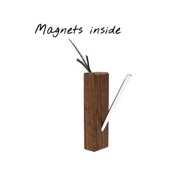 aufhaengehaken-edelstahl-schrank-wand-aus-rundstahl-metall-garderobe-holz-nussbaum-modern-design-mit-magneten-magnetisch-magic-pinocchio