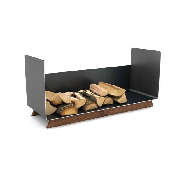 kaminholzregal-innen-metall-wohnzimmer-modern-design-brennholzregal-holz-nussbaum-stahl-elegant-kaminholz-aufbewahrung-schwarz-simply-timeless-13