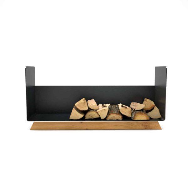 kaminholzregal-innen-wohnzimmer-metall-modern-design-holz-eiche-massivholz-stahl-kaminholz-aufbewahrung-brennholzregal-schwarz-simply-timeless-10
