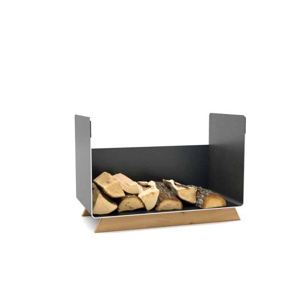 kaminholzregal-innen-wohnzimmer-metall-modern-design-holz-eiche-stahl-elegant-kaminholz-aufbewahrung-brennholzregal-simply-timeless-7