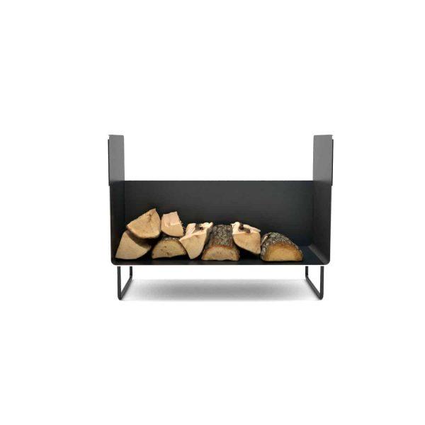 kaminholzregal-innen-wohnzimmer-metall-modern-design-holz-stahl-elegant-kaminholz-aufbewahrung-brennholzregal-simply-timeless-6