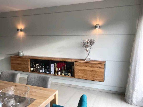 barschrank-sideboard-wohnzimmer-haengend-modern-holz-design-eiche-metall-glas-schwarz-stahl-interior