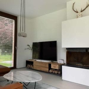 lowboard-tv-holz-schwarz-eiche-grau-massivholz-design-metall-modern-wildeiche-mit-fuessen-stahl-wohnzimmer-interior-classic-038-nach-mass-stahlzart