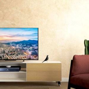 lowboard-tv-weiss-holz-eiche-metall-modern-design-massivholz-mit-schublade-aluminium-rollen-detail-designer-interior-wohnzimmer-hollywood-7