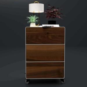 nachttisch-fuer-boxspringbett-weiss-holz-metall-modern-design-massivholz-nussbaum-mit-schubladen-mit-rollen-designer-minimalistisch-stahlzart