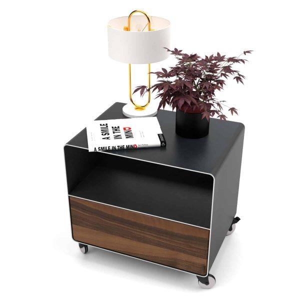 nachttisch-schwarz-holz-grau-metall-modern-design-massivholz-nussbaum-mit-schublade-mit-rollen-designer-stahl-industriedesign-stahlzart-m.a.m.-1
