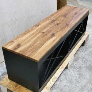 lowboard-schwarz-holz-eiche-metall-modern-design-industrial-massivholz-wildeiche-schoene-maserung-mit-aesten-minimalistisch-tv-board-stahl-pure-mnlmsm-s-spezial