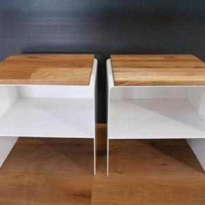nachttisch-weiss-holz-eiche-metall-modern-design-massivholz-wildeiche-2er-set-mit-auflage-holzplatte-stahl-schlafzimmer-the-classic