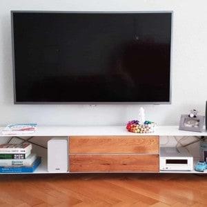 stahlzart-lowboard-pure-mnmlsm-m-holz-eiche-metall-weiss-modern-design-wohnzimmer-loft-moebel-minimalistisch-stahl-edelstahl-bionisch-nachhaltig