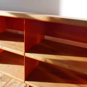 tv-sideboard-holz-eiche-metall-modern-design-industrial-mit-faecheern-mit-ruckwand-kabel-schlitzen-mit-edelstahl-fuessen-fuer-grosse-tvs-wohnzimmer-stahlzart